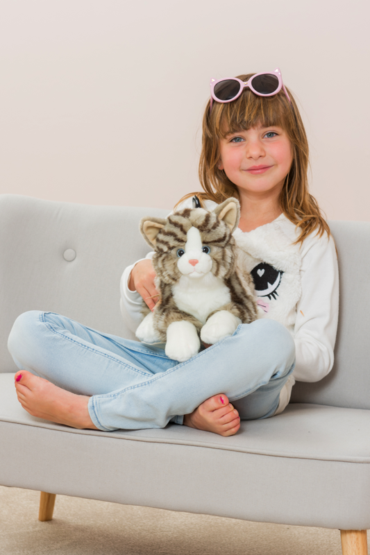 Katze liegend grau 30 cm Teddy Hermann